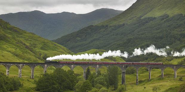 scotland-train