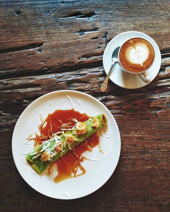 cafe vespa.jpg