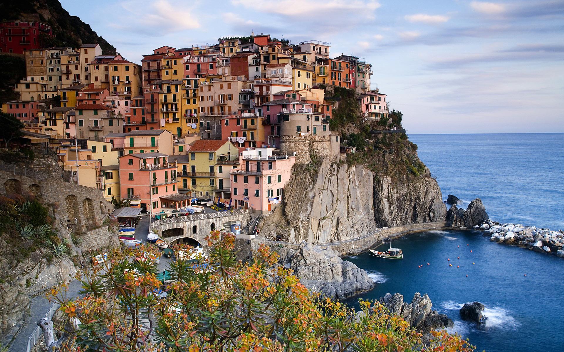Cinque Terre Italy.jpg
